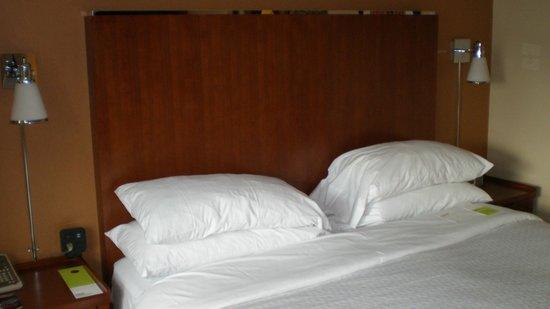 Four Points by Sheraton Midtown - Times Square : Dormitorio