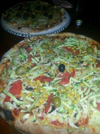 Maslina: Pizza