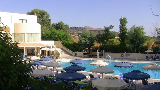 Dessole Lippia Golf Resort : открытый бассейн