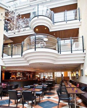 First Hotel Ja restaurang