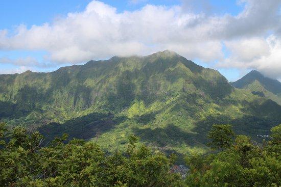 Olomana Three Peaks Trail: Moutain view