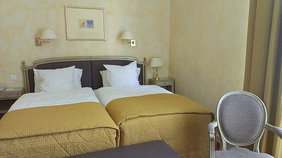 Best Western Grand Hôtel Bristol : しっかりとメンテナンスされた客室
