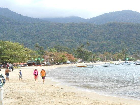 Sagu Mini Resort: Local Beach