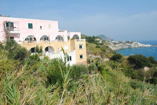 Hotel Residence Torre Sant'Angelo: posizione dell'albergo