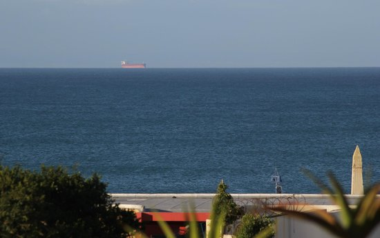 Kelway Hotel: Blick aufs Meer ist toll ... wenn man ihn  hat