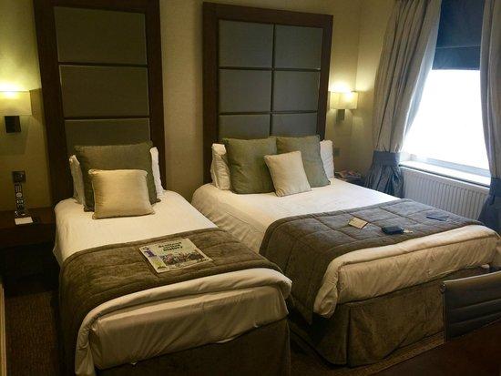 Grange Langham Court: Bedroom