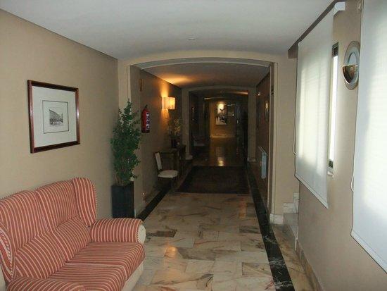 Grand corridor in hotel - Picture of Felipe IV Hotel, Valladolid ...