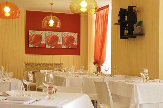 Viverone, Italie : sala interna