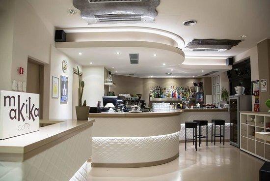 Giussano, Italy: Makika café