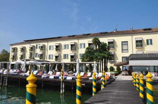 Grand Hotel Terme: view from the lake