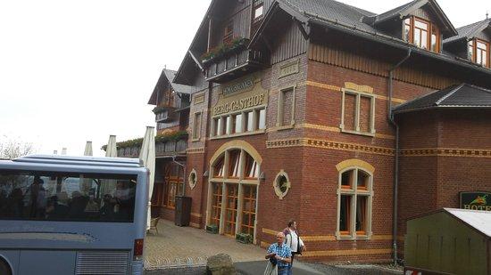 Berg-Gasthof Honigbrunnen: Hotel