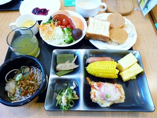 Sounkaku Grand Hotel: 朝食バイキング