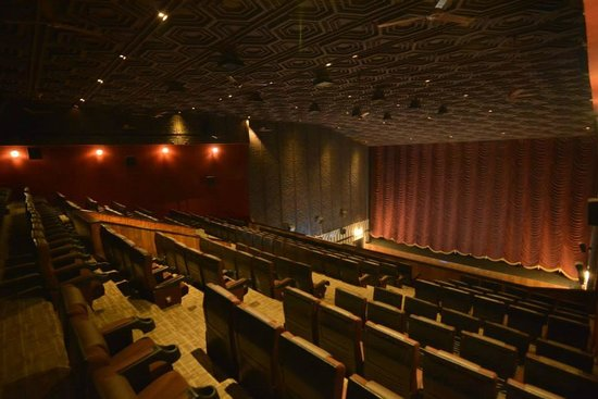 ‪Baba Cinemas [ Archana & Darsana ] Theatres‬