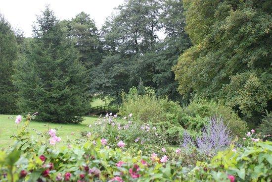 Futeau, Frankrike: vue du parc