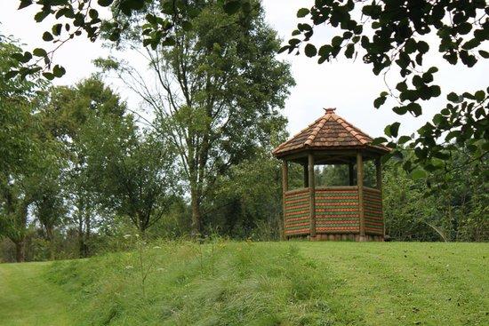 Futeau, Frankrike: pour un petit moment de repos dans le parc
