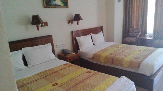 Golden Sea Hotel: Camera da letto (Foto 1)