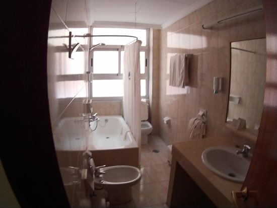 Hotel Torreluz Centro: Bagno