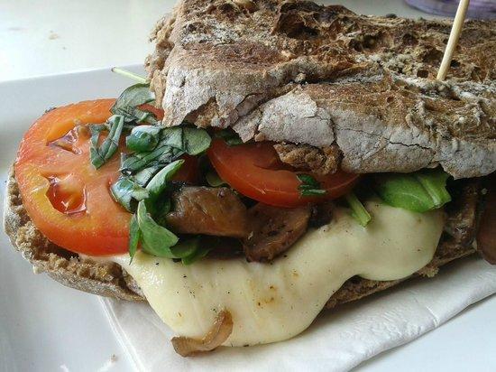 Kite City: Mediterranic Grilled Cheese Sandwich