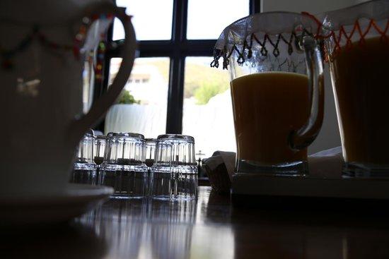 Antrim Villa : Kitchen counter