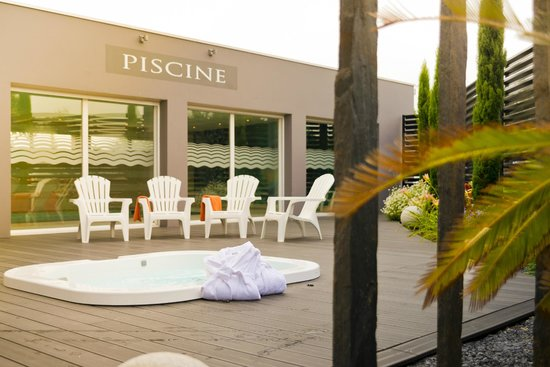 Piscine photo de brit hotel saint brieuc langueux for Piscine saint brieuc