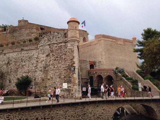 Castillo real de collioure picture of the royal castle - Chateau royal collioure ...