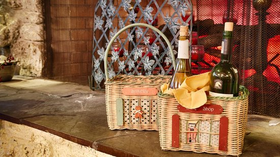 Best Western Plus Waterville Grand Hotel: Wine basket