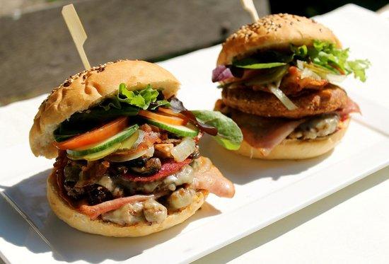 Charlie's Burger33