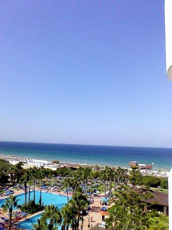 صحارى بيتش: View from our hotel room. Beautiful