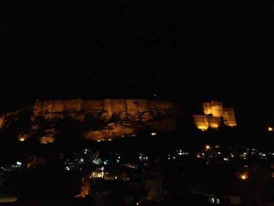 Hotel Haveli Jodhpur : Vistas al fuerte des de la azotea