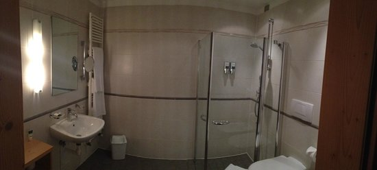 Four Points by Sheraton Bolzano: Bagno