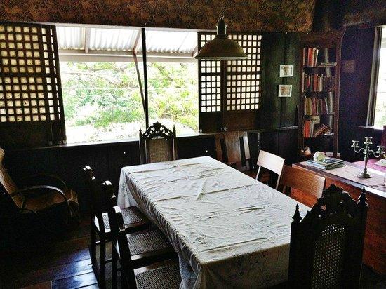 Tampuhan Cafe