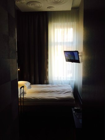 GLO Hotel Kluuvi Helsinki : Compact room