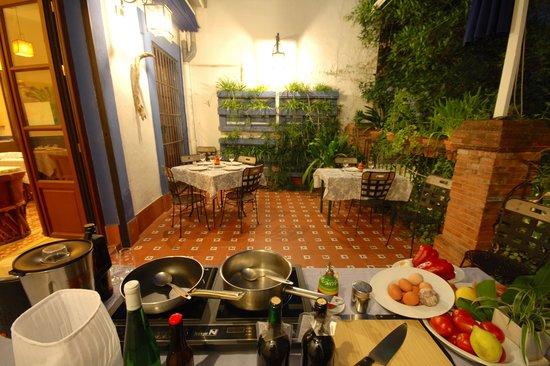 Casa de los Azulejos: Clases de cocina española