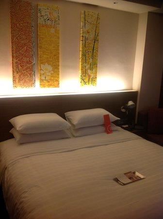 Pullman Bangkok King Power: 寝心地よいベッドです