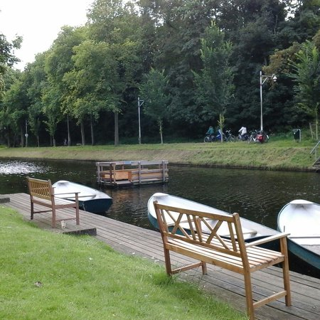 Westbroekpark: thee bij de theetui