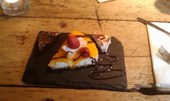 The White Swan Hotel: Lemon Cheese Cake