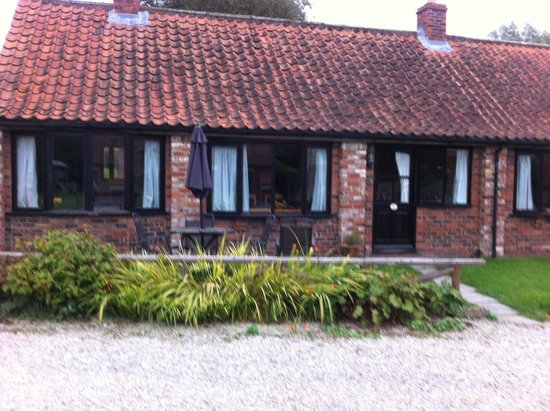 Low Costa Mill Cottages: Beautiful farriers cottage