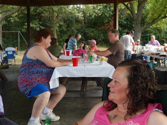 Hampton Inn Indianapolis-South: Family reunion