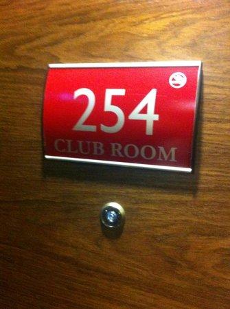 Crowne Plaza London-Gatwick Airport: Room 254