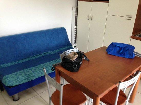 Villaggio San Matteo Resort: soggiorno cucina con divano letto