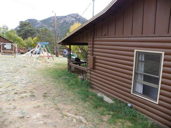 Lazy R Cottages: 7B