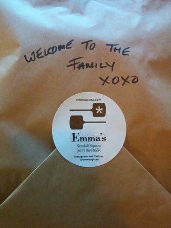Emma's Pizza: Makes me all warm and fuzzy!