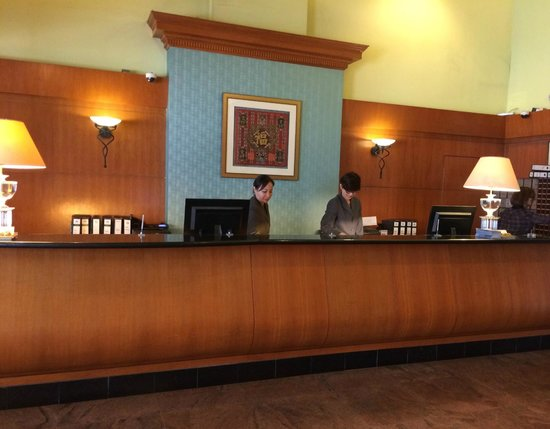 Strand Hotel: business center