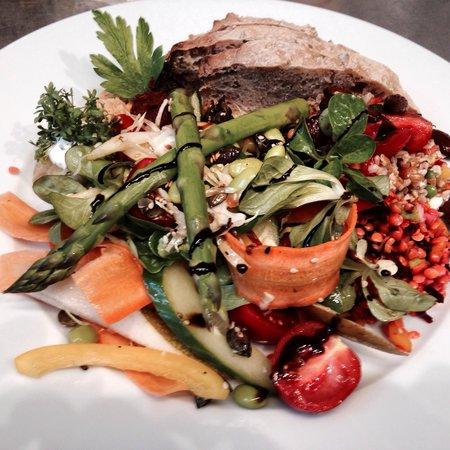 Onkel A: En af de famøse salater - her Dagens Salat !!