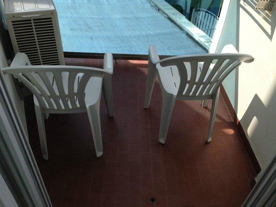 Hotel Bellavista: Sehr kleiner Balkon