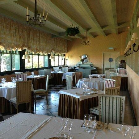 Hotel La Vega: Buen sitio para desayunar