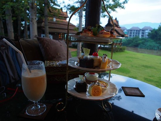 Sibsan Luxury Hotel Rimping Chiangmai: afternoon tea