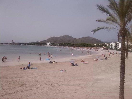 BelleVue Lagomonte : beautiful clean sandy beach