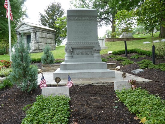 Crown Hill Cemetery: The grave of Pres. Harrison