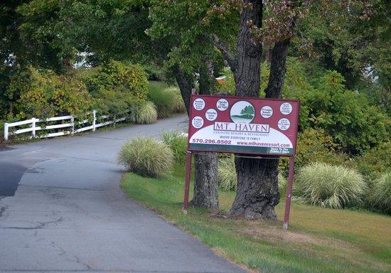 Mt. Haven Resort & Restaurant: entrance